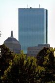 John Hancock Tower in Boston Massachusetts USA with Copy Space - Stock Image - AJWPYW
