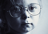 Lifestyle, Children, Girl wearing spectacles, - Stock Image - AK526X