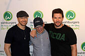 New York, USA. 23rd June, 2015. Mark Wahlberg, Donnie Wahlberg, Paul Wahlberg and family open Wahlburgers in Coney Island Brooklyn. © Bruce Cotler/Globe Photos/ZUMA Wire/Alamy Live News - Stock Image - EWDH0J