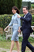 Spelsbury, Witney, Oxfordshire UK. 7/5/15 Conservative party leader David Cameron and his wife Samantha arrive to vote at his local polling station on election day Picture: Ric Mellis 7/05/2015 Spelsbury, Witney, Oxfordshire Catchline: David Cameron votes Requested; Alamy © Ric Mellis/Alamy Live News - Stock Image - ENK213