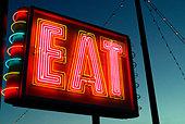 EAT Sign at Restaurant diner Route 1 Saugus Massachusetts - Stock Image - AK0FF2
