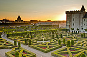 The Chateau de Villandry and its gardens at sunset, UNESCO World Heritage Site, Indre-et-Loire, Loire Valley, France, Europe - Stock Image - D6P561