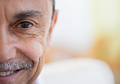 Smiling Hispanic man - Stock Image - CYPXWH