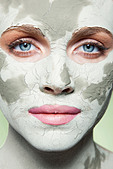 Woman with face mask - Stock Image - D18W0E