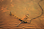 Anchor in sand, Canoe Cove, Prince Edward Island, Canada. - Stock Image - ANGRWY
