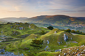 Llangattock Escarpment with the Usk Valley Beyond - Stock Image - BR0012