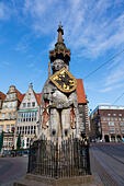 "Roland, ""Defender of Bremen"" statue in the Market Place, Bremen, Germany. - Stock Image - E6RATJ"