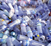 Recycling recyckling of plastic bottles - Stock Image - AG7A5A