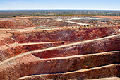 Mining in Australia at the Cobar mine site - Stock Image - CYC74B