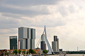 Netherlands, Rotterdam, Skyline against moody sky - Stock Image - E8GM0W