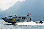 High speed patrol boat FB Design of Guardia di Finanza on Swiss/Italian border, Lake Maggiore. - Stock Image - DANEG1