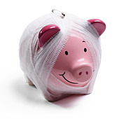 Pink piggy bank concept - Stock Image - CRWF61