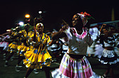Maedchentanzgruppe at the Carnival in Santiago de Cuba - Stock Image - CT9ME9