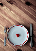 heart,hungry,place setting - Stock Image - CWHW95