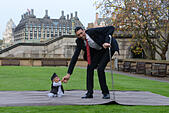 London, UK. 13th November, 2014. Guinness World Records Day 2015 of the World's Tallest Man and the World's Shortest at St Thomas's Hospital in London. The shortest man ever, Chandra Bahadur Dangi (54.6 cm -21.5in) of the World's Tallest Man and the World's Shortest at St Thomas's Hospital in London. The shortest man ever, Chandra Bahadur Dangi (54.6 cm -21.5in) meets the world's tallest man, Sultan Kosen for the very first time (251 cm 8 ft 3 in).  - Stock Image - EAE6X3