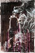 smoking josticks - Stock Image - BM03R7