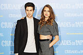 Madrid, Spain. 15th June, 2015. Cara Delevingne, Nat Wolff attend a photocall for 'Paper Towns' (Ciudades de Papel) at the Villamagna Hotel on June 15, 2015 in Madrid, Spain. © Jack Abuin/ZUMA Wire/Alamy Live News - Stock Image - ETNY10