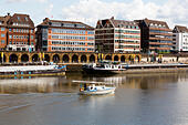 Yacht on the River Wesser at Bremen - Stock Image - E744KJ