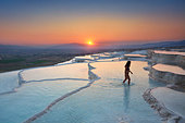 Pamukkale - limestone terraces at sunset, Pamukkale, Turkey - Stock Image - CRJ9T6