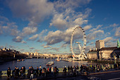 View over the River Thames, London Eye and pedestrians walking along Westminster Bridge, London, England, United Kingdom - Stock Image - CC1M9Y