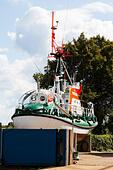 Lifeboats on the River Wesser at Bremen, Germany. - Stock Image - E6RAT9