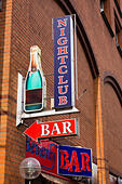 Nightclub and bar sign on the wall of a building in Bremen, Germany. - Stock Image - E6RB5E