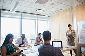 Administrator leading meeting in hospital conference room - Stock Image - EJRTK5
