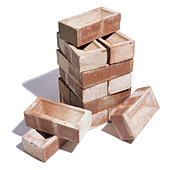 A pile of bricks - Stock Image - AM77YB