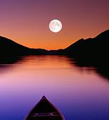Canoe moonscape in Bowron Lake Park, British Columbia, Canada - Stock Image - CFCNPF
