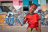 Boy ready for a performance in the streets of La Habana, Cuba, Caribbean. - Stock Image - BYRWJ3