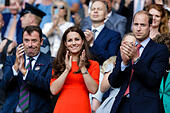 Wimbledon, UK. 08th July, 2015. The Wimbledon Tennis Championships. Gentlemens Singles quarter final match between top seed Novak Djokovic (SRB) and ninth seed Marin Cilic (CRO). HRH The Duke and HRH the Duchess of Cambridge applaud the players as they leave the court, after a Djokovic victory © Action Plus Sports/Alamy Live News - Stock Image - EX7AX1