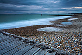 Stormy weather on Southbourne Beach near Bournemouth, Dorset - Stock Image - AEPMGN