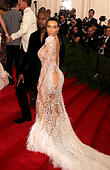 New York, USA. 4th May, 2015. KANYE WEST and KIM KARDASHIAN WEST attend the Costume Institute Benefit gala celebrating the opening of the new exhibit of 'China: Through the Looking Glass' held at the Metropolitan Museum of Art. © Nancy Kaszerman/ZUMAPRESS.com/Alamy Live News - Stock Image - ENFHTG