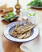 Fried anchovies (Hamsi, Turkish anchovy) - Stock Image - BD5FEJ