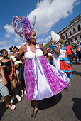 Afrocuban carnival group Los componedores de batea performing in the streets of La Habana Vieja Havana Cuba - Stock Image - B2P2DF