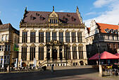 Markt Schuetting building in the Alt Stadt, Bremen, Germany - Stock Image - E6RAW0