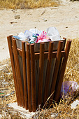 Rubbish bin, Larnaca walk, Cyprus - Stock Image - E127MA