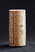 technical cork with disks at the end and glued agglomerate cork in the middle - Stock Image - BEAW5M