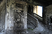 Destroyed building in Sukhumi (Abkhazia) - Stock Image - AA9YPB