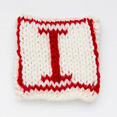 Knitted letter I woollen lettering. - Stock Image - ED87CE