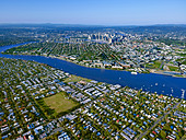 Aerial view of Brisbane Queensland Australia looking West from Bulimba - Stock Image - BKXTXB