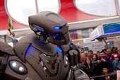 Mediacite, Liege, Belgium. Titan the Robot's show in the comercial center Mediacite in Liege. - Stock Image - DH7W4T