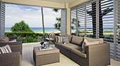 beautiful waterfront suite with ocean views - Stock Image - C8YG30
