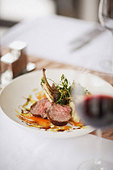 Gourmet entree in restaurant - Stock Image - B583X8