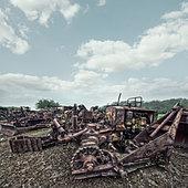 rusting tractors - Stock Image - D89F74