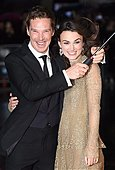epaselect epa04437514 British actress/cast member Keira Knightley (R) and compatriot actor and co-star Benedict Cumberbatch (L) arrive for the premiere of 'The Imitation Game' at the 58th London Film Festival, in London, Britain, 08 October 2014. The festival runs from 08 to 19 October.  EPA/ANDY RAIN - Stock Image - E8N7BP