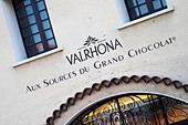 chocolate manufacturer and shop valrhona tain l hermitage rhone france - Stock Image - C0TDM8