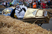 London, UK. 12th July, 2015. 70 teams participate to the London Red Bull Soapbox race © Sylvie JARROSSAY/Alamy Live News - Stock Image - EXE3D5