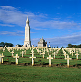 Notre Dame de Lorette WW1 French military cemetery and Ossuary, near Arras, Nord-Pas-de-Calais, France, Europe - Stock Image - D1G66R
