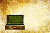 open suitcase - Stock Image - CE8DHJ
